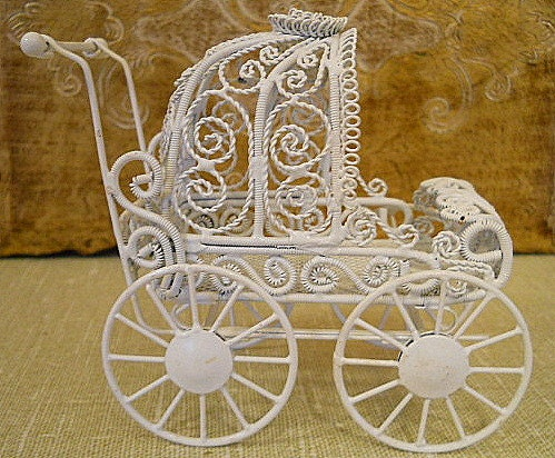 Wire carriage perfect for baby shower decorations by for Baby carriage decoration