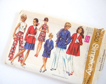 Uncut Vintage 1960's Jacket, Skirt, Blouse and Pants Sewing Pattern, Simplicity 8650, Size 12, Bust 34 Inches