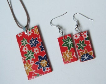 SALE SET Red Burst of Floral Rectangle Wood Pendant Necklace Earrings