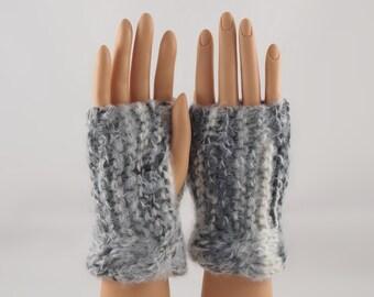 Hand Knit Wrist Warmers, Fingerless Gloves in Grey Wool