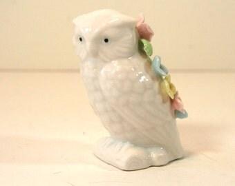 Vintage White Owl Ceramic Pin Cushion