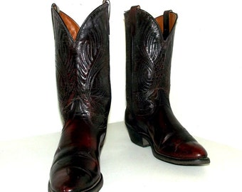 Vintage Cowboy Boots size 8.5 EE or cowgirl size 10 wide width