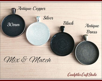 5pc...Circle Pendant Trays...Size 30mm...Mix and Match...Cabochons, Bezel Trays, Settings