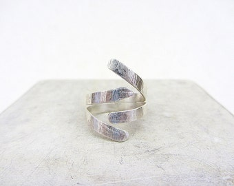 Sterling silver hug ring, Hand forged sterling silver open ring - size 9