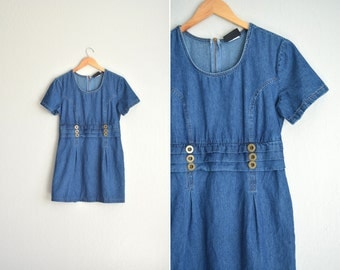 SALE / vintage '90s blue DENIM short sleeve PINTUCKED mini dress. size l.