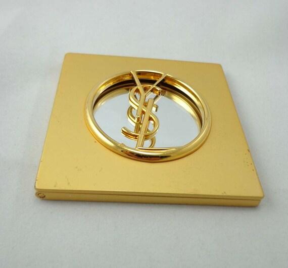 Ysl yves saint laurent sac miroir compact mat couleur or for Laurent voulzy le miroir