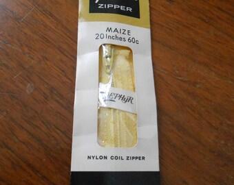 """20"""" Vintage maize yellow  Nylon Coil Zipper by Talon - Style 110-1"""