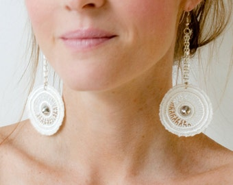 Lace earrings - Gladiator - Ivory lace with silver chain