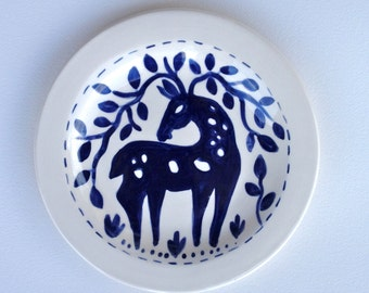 Blue and White Toast or Salad Plate, Deer Design