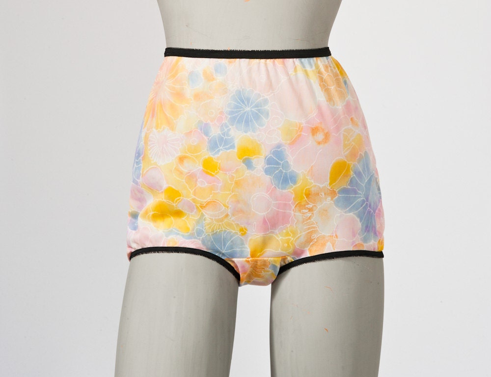 1960 S Pastel Floral Panties Vintage High Waist Nylon Mod