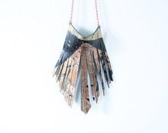 Medium Fringed necklace
