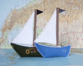The Little Boat PDF Pattern and Instructions --INSTANT DOWNLOAD--