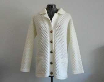 VINTAGE ivory honeycomb knit CARDIGAN SWEATER - med.