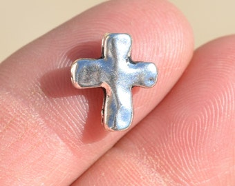 14 Silver Plated  Cross Beads 13 x 11mm   BD143