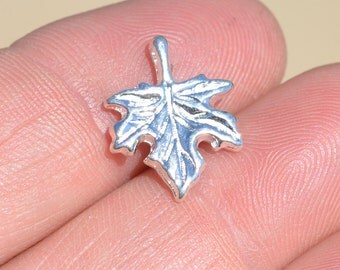 5 Silver Plated Maple Leaf  Charms SC3093