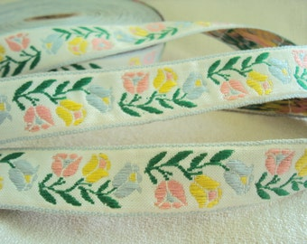 vintage embroidered Tulips ribbon trim