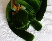 A Mossy Green Velvet Cat