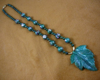 20 inch long Green leaf with Jade gemstone and Cloisonne Beads beaded Necklace jewelry V307-26