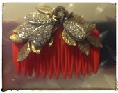 Vintage comb with reclaimed vintage pieces