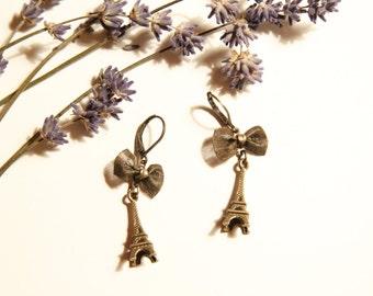 bronze Eiffel Tower earrings, Tour d'Eiffel, Eiffel Turm, French, France, Paris, dangling earrings, bow, Boho