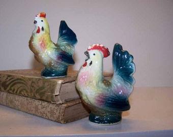 Chicken Salt Pepper, Rooster and Hen, Salt Pepper Shakers, Ceramic Shaker Set, Vintage, Kitsch Kitchenware, Chicken Collection