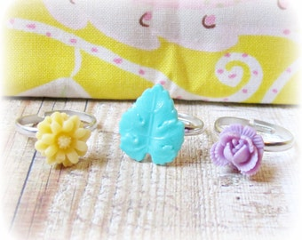 SALE Girl's Ring Set Flower Children Trio Mint Green Yellow Cream Lilac Purple Girls Party Favour Botanical Floral Jewellery Jewelry