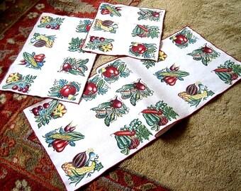 Doily Dresser Scarf Runner Retro Vintage Fruit Print Boxed Fruit Vegatables Set3