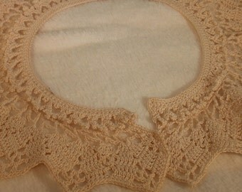 Vintage Hand Crocheted Lace Collar, Great Design, Tiny Hand Stitches, Vintage Antique Rare Unusual