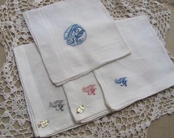 Vintage White Mens Handkerchief Hankie Set of 4 Monogrammed AHR