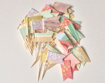 12 Shabby Chic Cupcake Flags