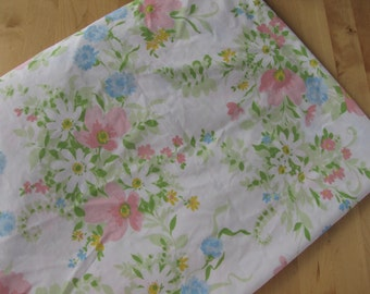 Vintage Fitted Bedsheet by J C Penny - Twin Fitted