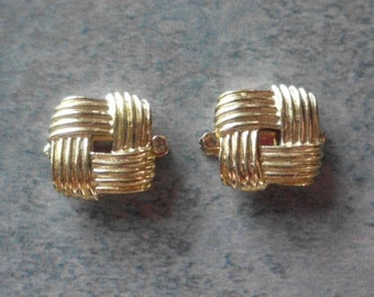 Vintage Trifari Clasps- Gold Plated- Mint Stock- Vintage 1960's- Set of 2