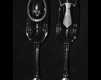 Personalized Mr/Mrs Bow Neck tie and Pearls Champagne Flutes by Jackglass on Etsy