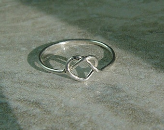 Silver Heart Ring / Tie The Knot Ring / Best Friend Love Knot Ring / Bridesmaids Gift