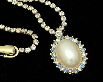 Vintage MONET Necklace, Vintage Rhinestone Necklace, Rhinestone Faux Pearl Necklace, Vintage Wedding, Bride Bridal, Designer Jewelry,