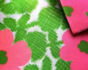 Vintage Fabric 60's Linen, Pink, Green, White, Floral, Printed 296