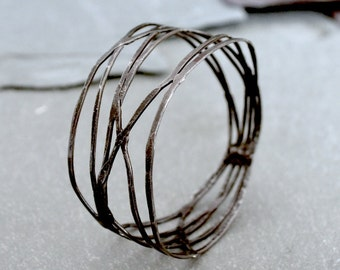Black Iron Bangle: Nouveau