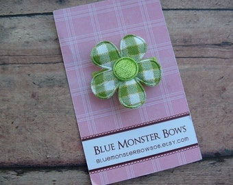 ONE DOLLAR CLIP Green Plaid Flower Baby Snap Clip Baby Bow