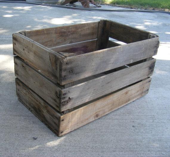 Wooden apple crate vintage wooden fruit box for Vintage apple boxes