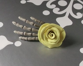 Skeleton Hand Clip With Buttery Yellow Rose