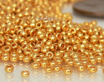 11/0 Gold Czech Glass Seed Beads 10-Grams
