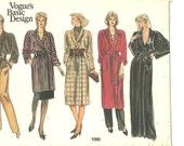 Vogue Pattern 1060 Robe Coat Smoking Jacket / Skirt / Pants 8 10 12 1970's