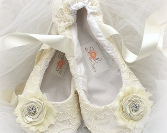 Ballet Flats, Ivory, Wedding Flats, Lace Flats, Wedding Shoes, Flower Girl, First Communion, Flats, Ballet Slippers, Crystals, Vintage Style