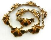 Gorgeous Rare choker necklace 1960 Italian -  Art-Nouveau flower links in  mustard & golden-green  color -- Art.200/3-