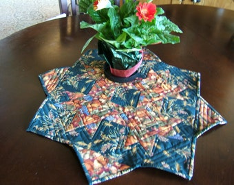 Octagon Fall Table Topper