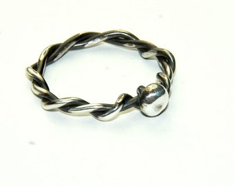 Sterling Silver twisted ring - Size 8 - Vine Ring - Recycled silver - Unique Ring