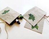 Linen gift bag, drawstring linen pouch, Autumn green maple leaf painted, small reusable eco-friendly bag, bridesmaids favor, green leaf bag