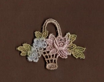 Hand Dyed Venise Lace Petite Flower Basket Applique   Baby Spring Blooms