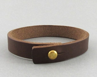 Mens womens unisex simple darker brown leather wrap bracelet with stud closure - can be personalised