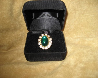 Emerald Green and White Rhinestone Cocktail Ring - Adjustable Band 60s Vintage